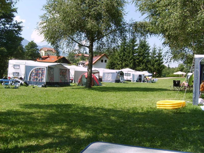 https://www.minicampingcard.eu/wp-content/uploads/2013/04/bauern.7-270x200.jpg