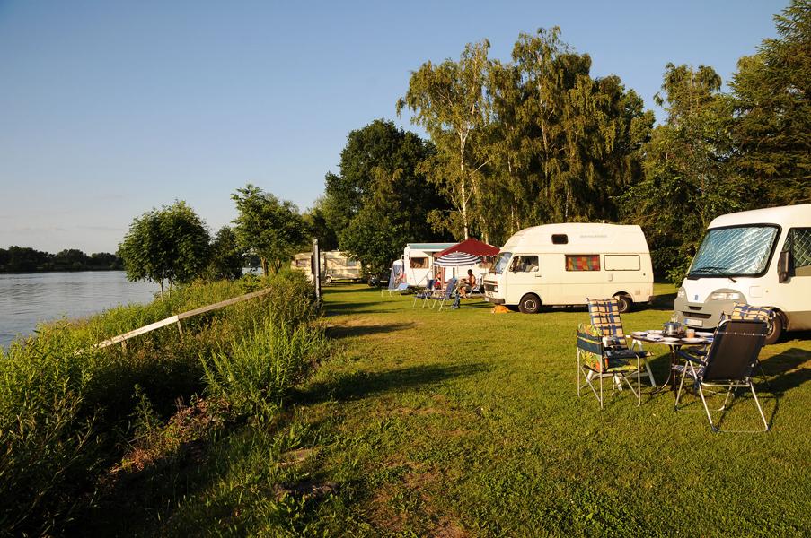 https://www.minicampingcard.eu/wp-content/uploads/2013/04/campingland_9-270x200.jpg