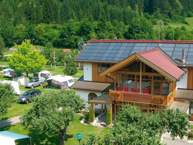 https://www.minicampingcard.eu/wp-content/uploads/2013/05/Alpencamp.5-270x200.jpg