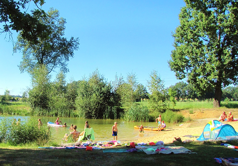 https://www.minicampingcard.eu/wp-content/uploads/2013/10/5-Badeteich-Kinder-270x200.jpg