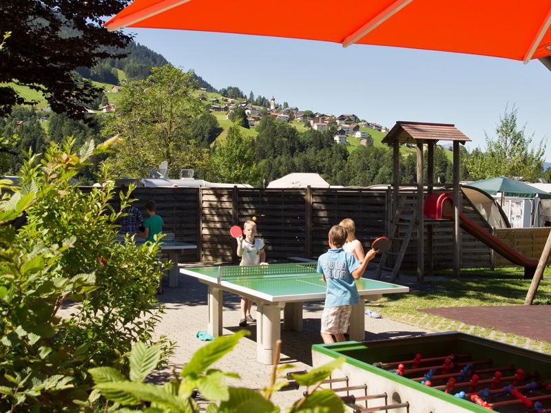 https://www.minicampingcard.eu/wp-content/uploads/2013/11/CampingGrosswalsertal_Spielplatz-270x200.jpg