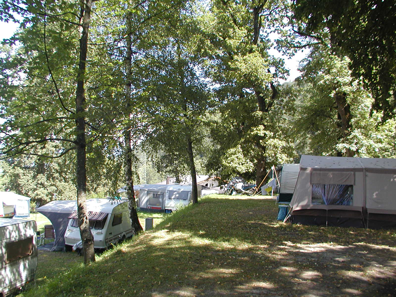 https://www.minicampingcard.eu/wp-content/uploads/2014/02/Camping-Stams-8-270x200.png