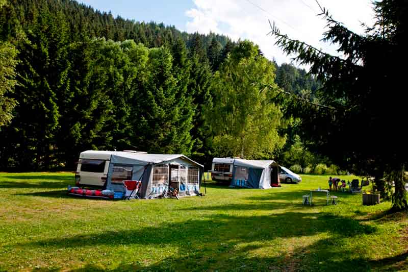 https://www.minicampingcard.eu/wp-content/uploads/2014/08/Lamm-035-270x200.jpg