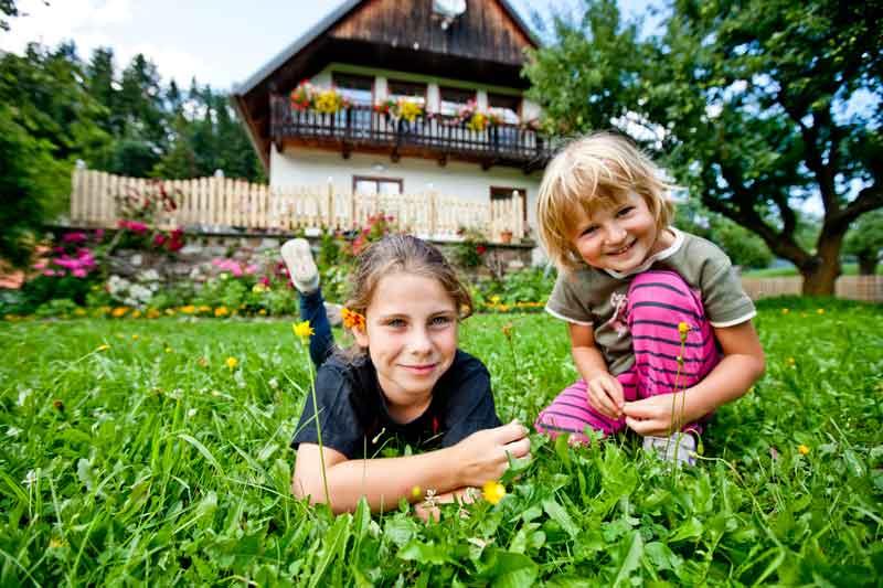 https://www.minicampingcard.eu/wp-content/uploads/2014/08/Lamm-069-270x200.jpg