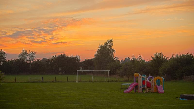 https://www.minicampingcard.eu/wp-content/uploads/2014/09/IMG_4704-camping-n-Ibink-zonsondergan-HDR2-270x200.jpg