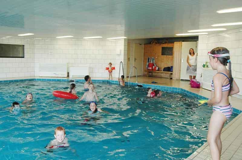 https://www.minicampingcard.eu/wp-content/uploads/2015/02/schwimmbad-270x200.jpg