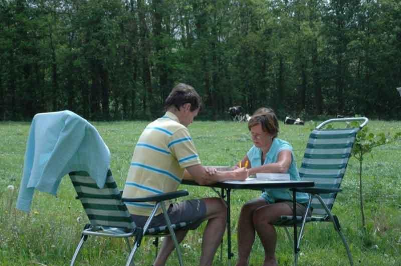 https://www.minicampingcard.eu/wp-content/uploads/2015/05/camping-2012-2-gasten-uitzicht-3e-veld-270x200.jpg