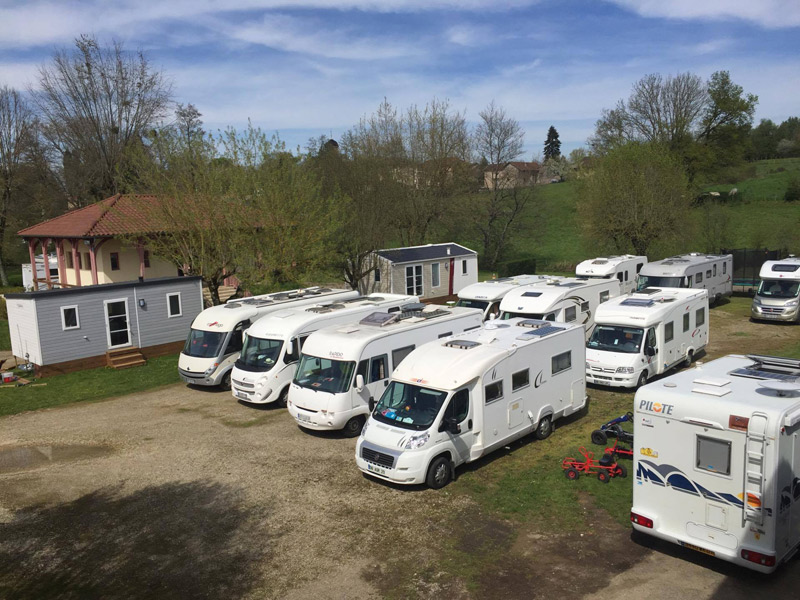 https://www.minicampingcard.eu/wp-content/uploads/2016/08/Sevron-Grande-arrivee-de-camping-cars-270x200.jpg
