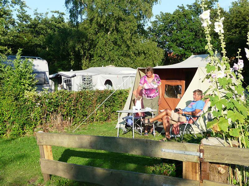 https://www.minicampingcard.eu/wp-content/uploads/2018/07/10-Camping-tent-270x200.jpg