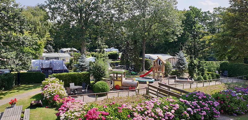https://www.minicampingcard.eu/wp-content/uploads/2018/07/2-Camping-en-Kleine-speeltuin-270x200.jpg