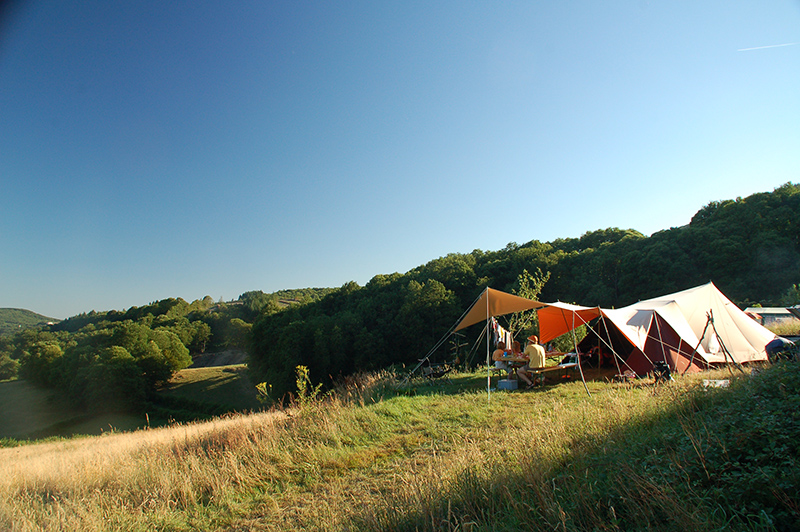 https://www.minicampingcard.eu/wp-content/uploads/2018/09/002.gr_.uitzicht-op-camping-in-frankrijk-270x200.jpg