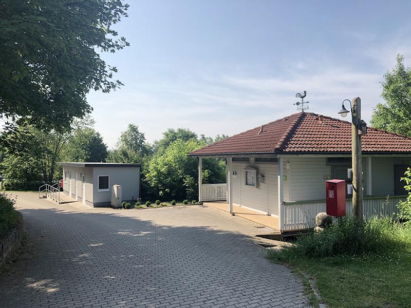 https://www.minicampingcard.eu/wp-content/uploads/2018/09/Duschhaus-und-Toilettengebäude-270x200.jpg