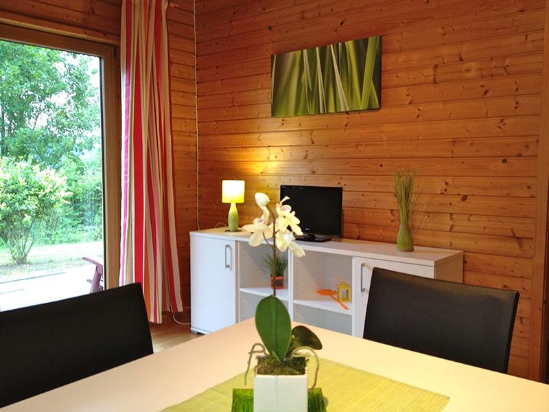 https://www.minicampingcard.eu/wp-content/uploads/2018/09/Einrichtung-Ferienhaus-Nr.-4-270x200.jpg