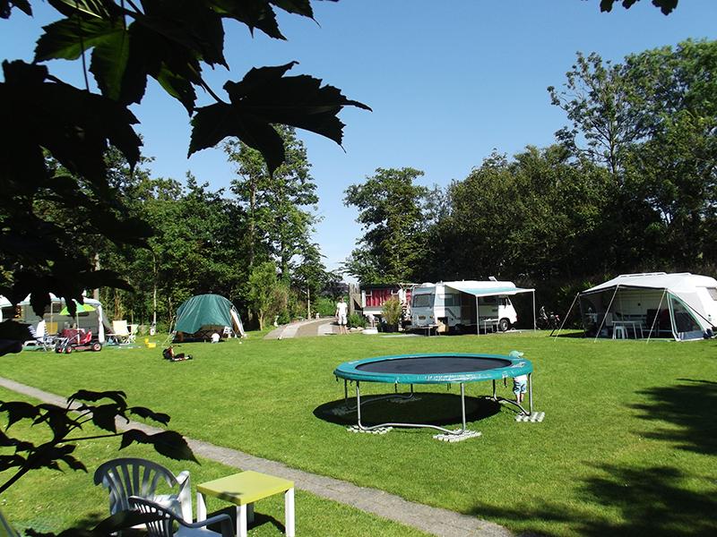 https://www.minicampingcard.eu/wp-content/uploads/2019/07/Camping-met-Trampoline-270x200.jpg