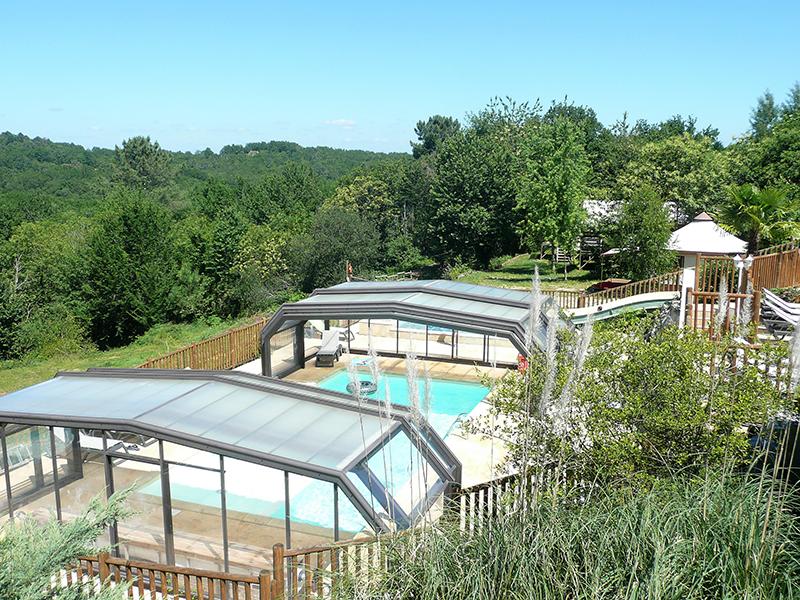 https://www.minicampingcard.eu/wp-content/uploads/2019/09/Camping-Les-Charmes-Piscine-terrasse-270x200.jpg