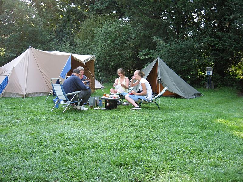 https://www.minicampingcard.eu/wp-content/uploads/2019/09/zomervakantie-2010-047.-Old-Putten-.-Pek.-Eceat-270x200.jpg