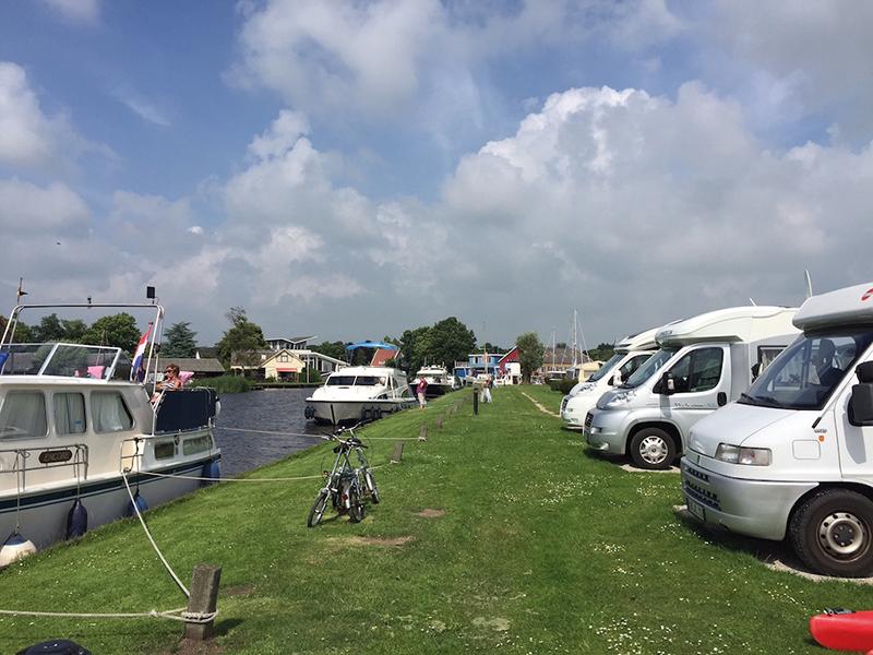 https://www.minicampingcard.eu/wp-content/uploads/2020/11/camperplaats-friesland-aan-het-water-drijfveer-akkrum-270x200.jpg